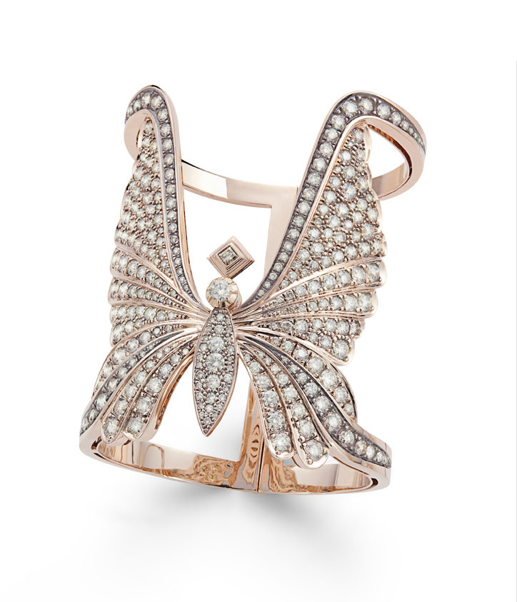 Há borboletas por todo o lado: na moda e nas joias