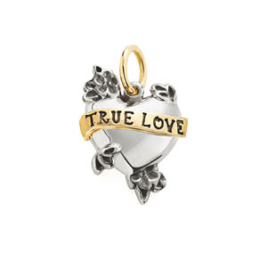 Tatuagens românticas eternizadas em joias