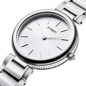 A elegância fresh dos novos relógios Plissé
