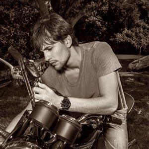 Espírito de liberdade e as paixões masculinas na campanha H.Stern Timepieces